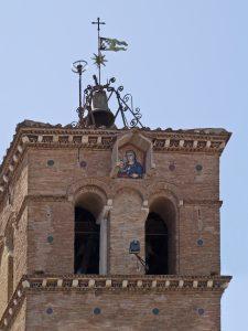 Rome - Santa Maria in Trastevere (Basilique Sainte-Marie-du-Trastevere) - Vierge à l'Enfant au sommet du campanile.